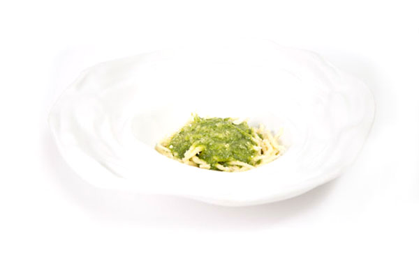 Genoa-style trofie with pesto 1